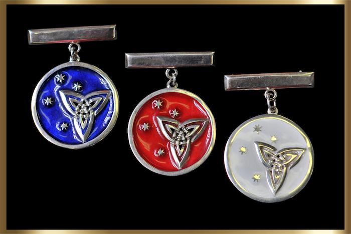 Triquetra medallions